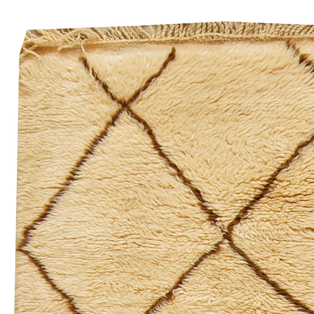 Vintage Tribal Moroccan Natural Wool Rug with Classic Diamond Design BB5964