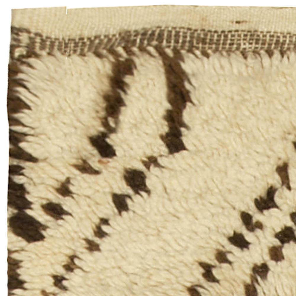 Vintage Tribal Handmade Moroccan Natural Undyed Wool Rug BB5043