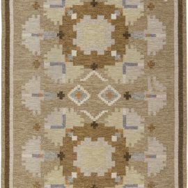 """Mid-Century Swedish Rug in Shades of Brown by Ingegerd Silow. Woven signature to edge """"IS"""" BB6575"""