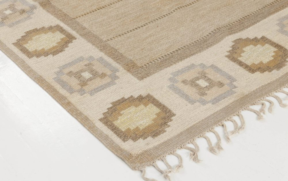 Vintage Swedish flat weave rug signed by Ingegerd Silow BB6546