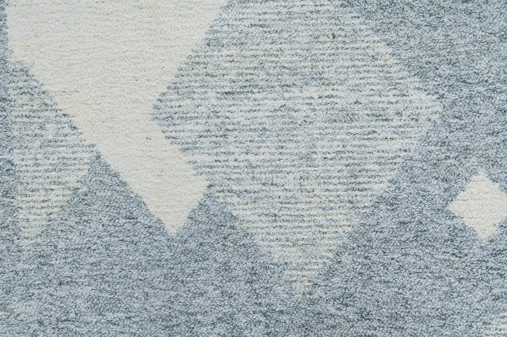 Mid-Century Modern Scandinavian Boucle Wool Rug in Baby Blues and Grey BB6330