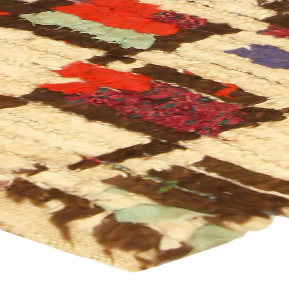 Colorful Vintage Handmade Moroccan Rug BB5147