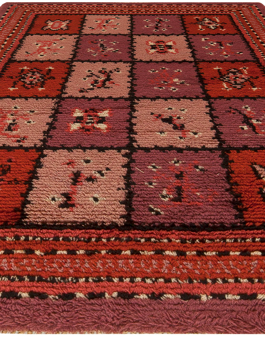 Swedish Midcentury Red, Plum and Lilac Checkerboard Pile BB5499