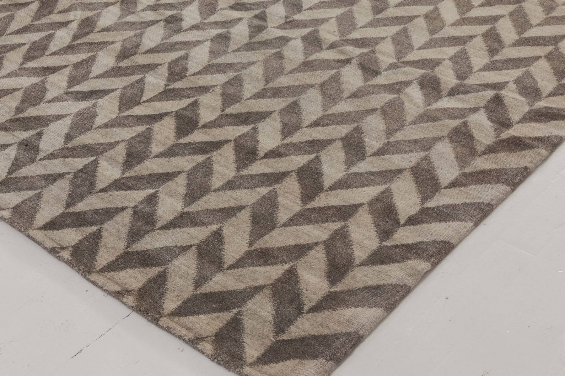 over sized  Terra Rug in Natural Wool N11810
