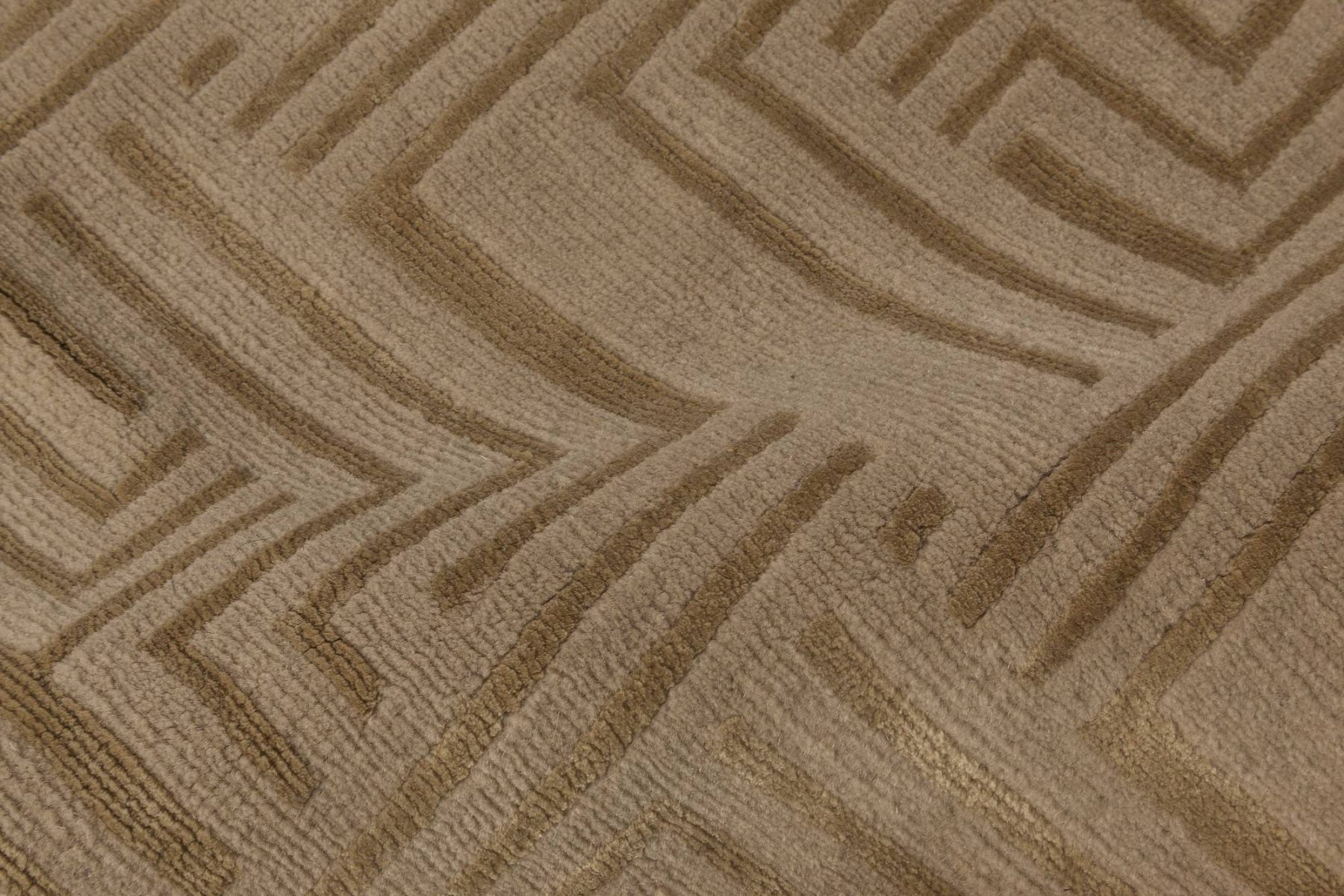 Maze Designed Geometric Carpet N11799