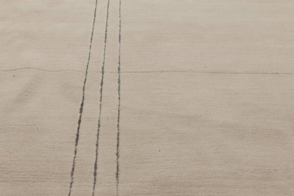 Art Deco Inspired Beige and Black Handwoven Wool Rug N11811