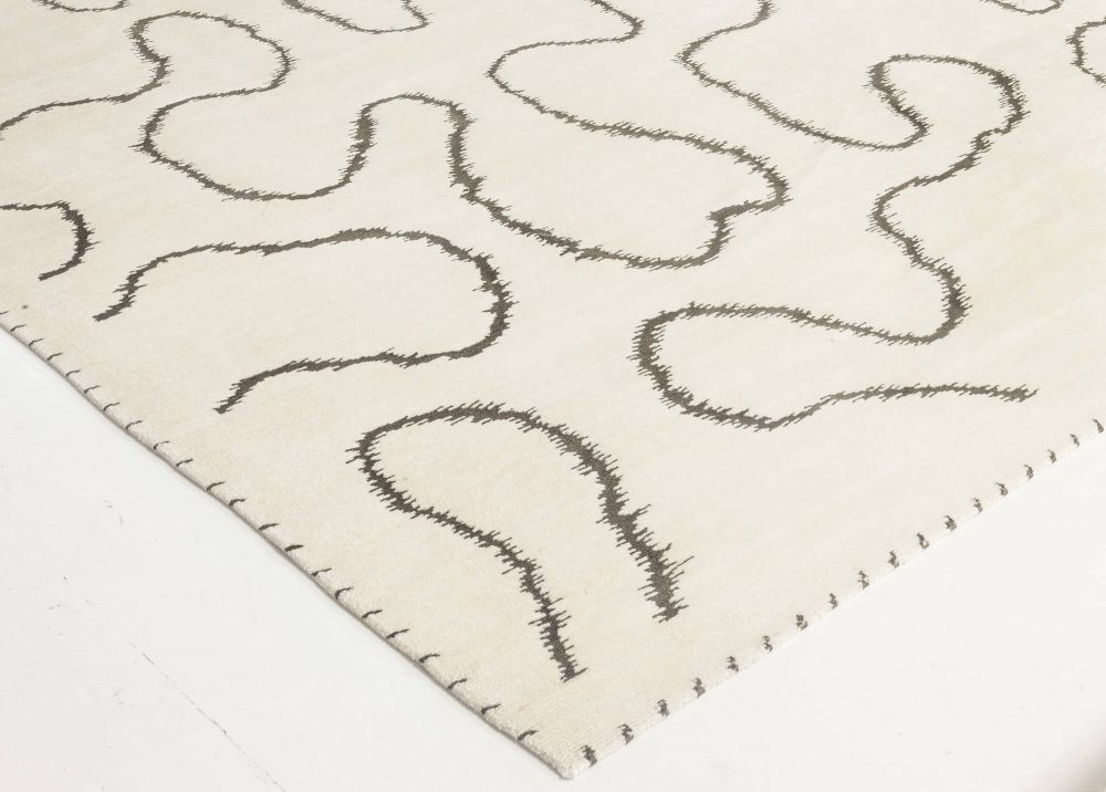 Contemporary Hand Knotted Wool and Silk White Ribbon Rug N11764