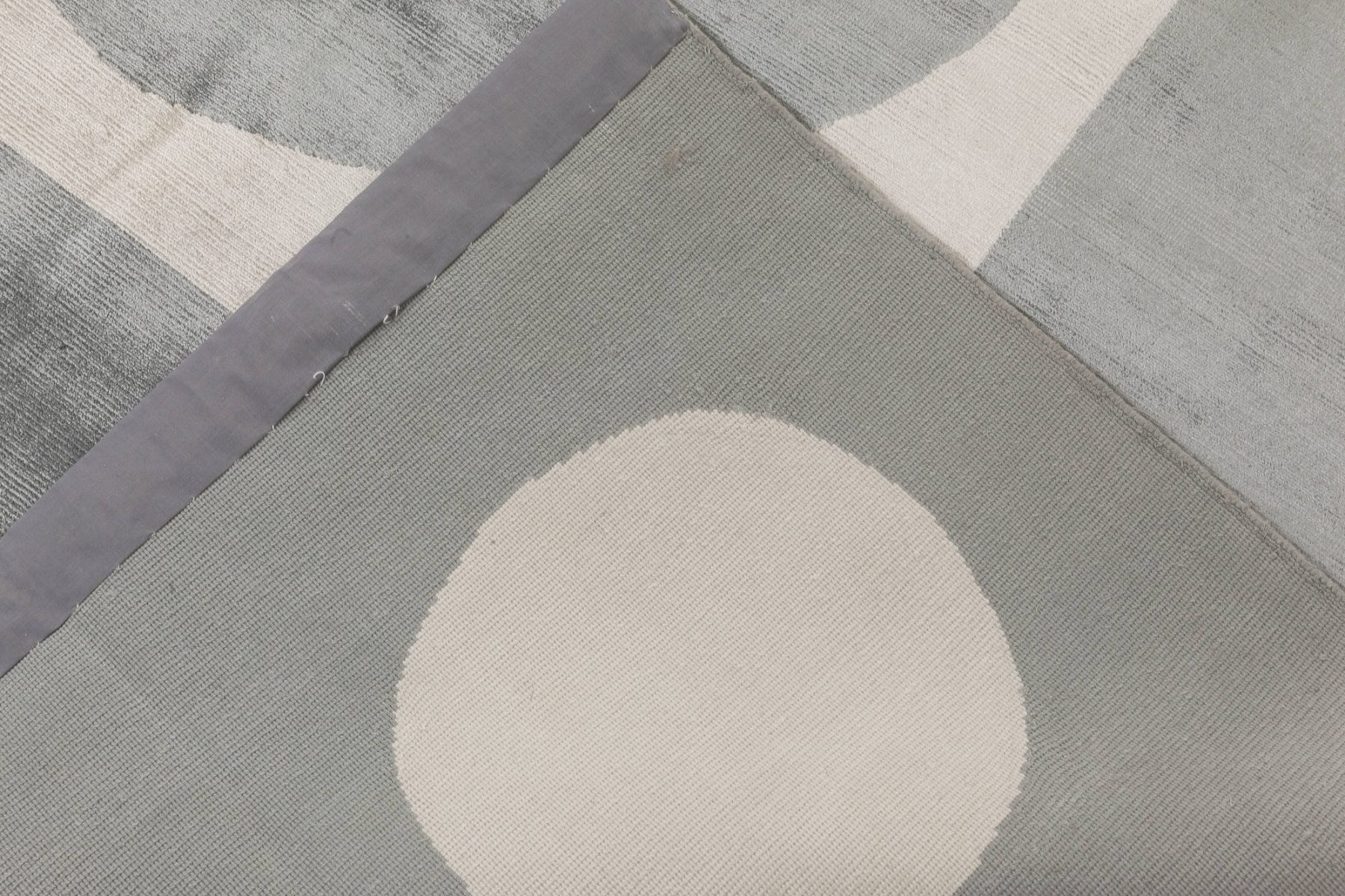 Modern Oversized Geometric Gray and White Hand Knotted Silk Rug N11756