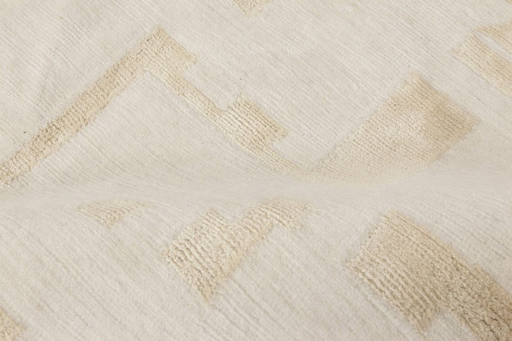 Au Courant Beige and Gold Hand-knotted Wool and Silk Rug N11769
