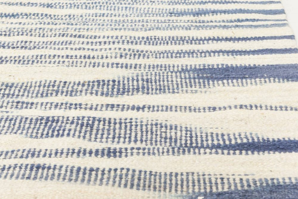 Contemporary Blue and White Flat-Woven Wool Rug N11786