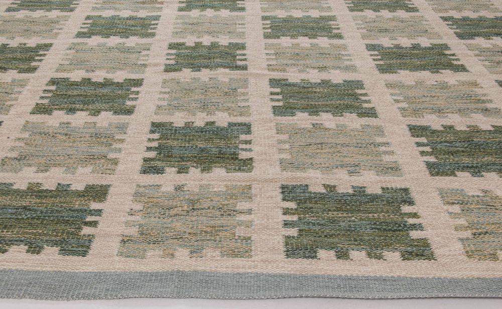 Green Fields  Rug N11736