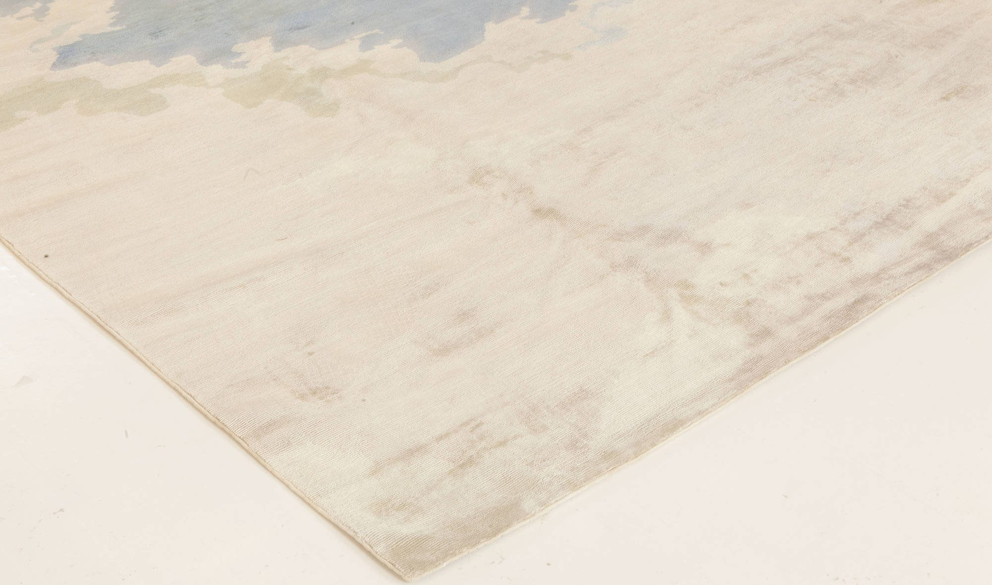 Contemporary Sea and Sand Hand Knotted Silk Rug N11773