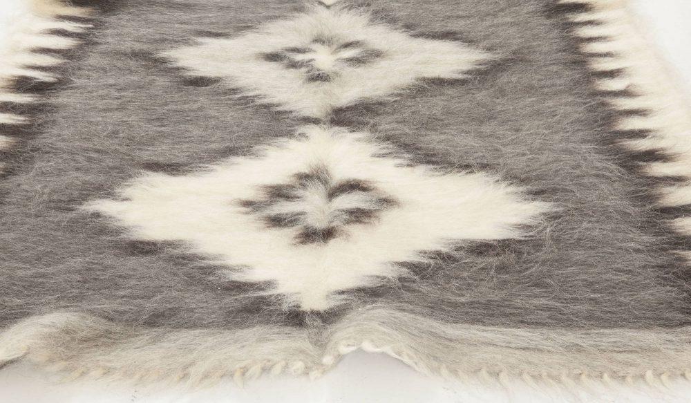 Stamverband IIII White, Gray and Black Handwoven Rug N11830