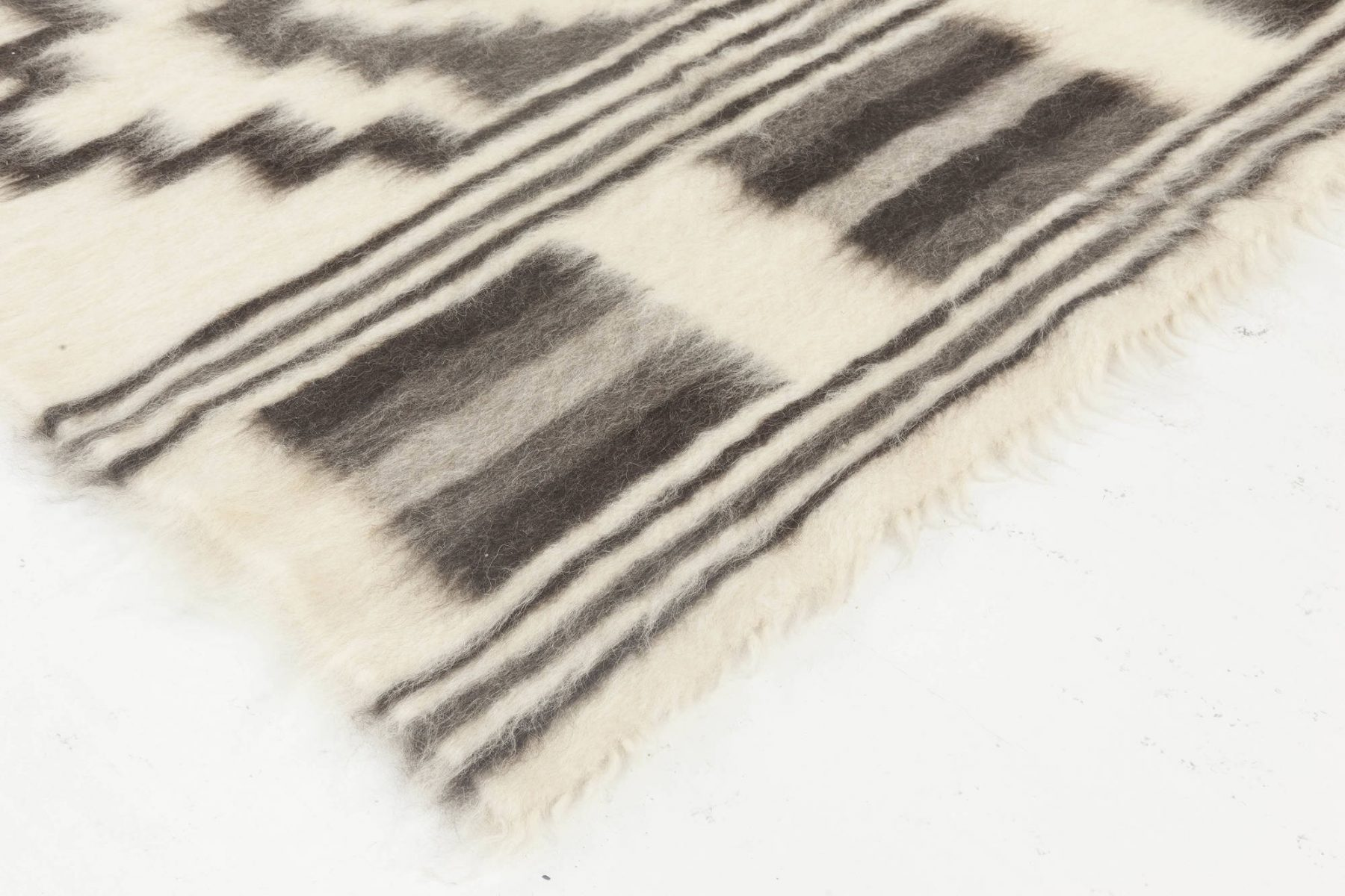 Contemporary European Folk Stamverband VII Ivory and Charcoal Rug N11833
