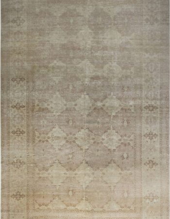 Traditional inspired Tabriz Rug. N11759