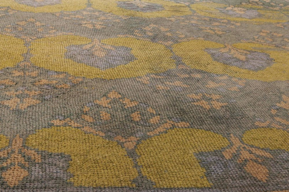 """Donegal Carpet by  C.F.A Voysey """"Glenmure"""" BB6584"""