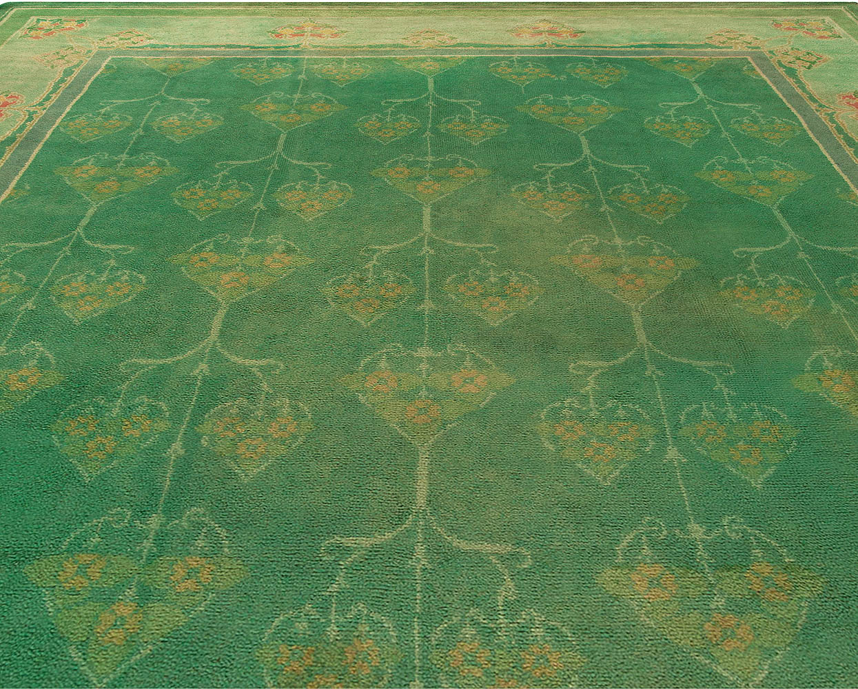 Antique Green Handwoven Wool Irish Donegal Rug BB6798