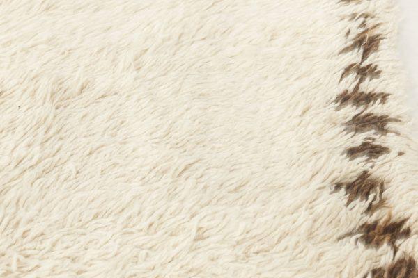 Vintage Moroccan rug. BB6876