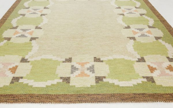 VINTAGE SWEDISH FLAT WEAVE RUG SIGNED BY INGEGERD SILOW BB6885
