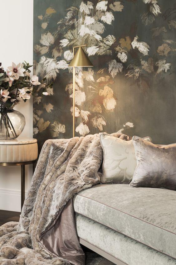 2019 interior decor trends, velvet sofa living room