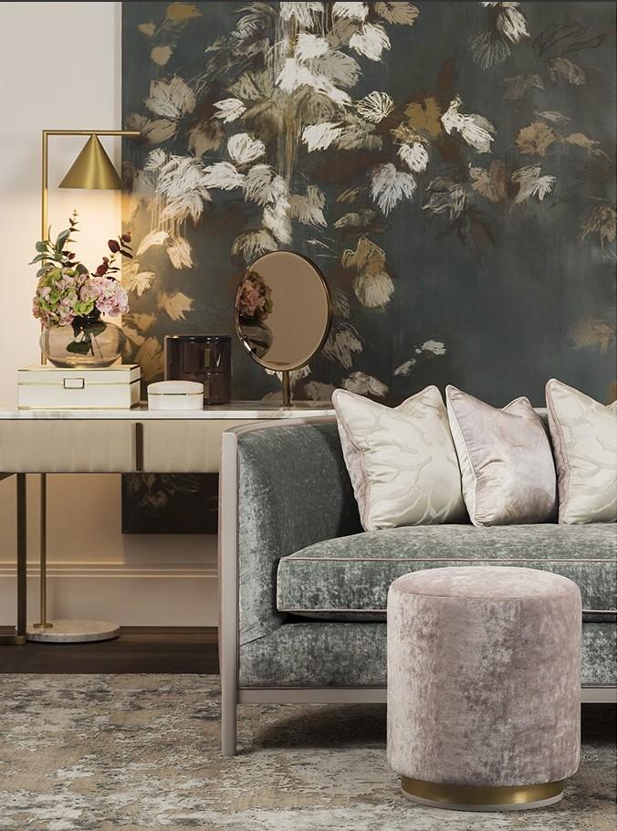 2018 interior decor trends, velvet sofa living room