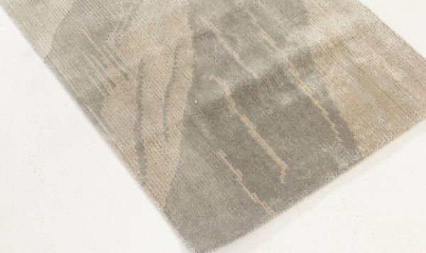 Contemporary Silk Runner N11940