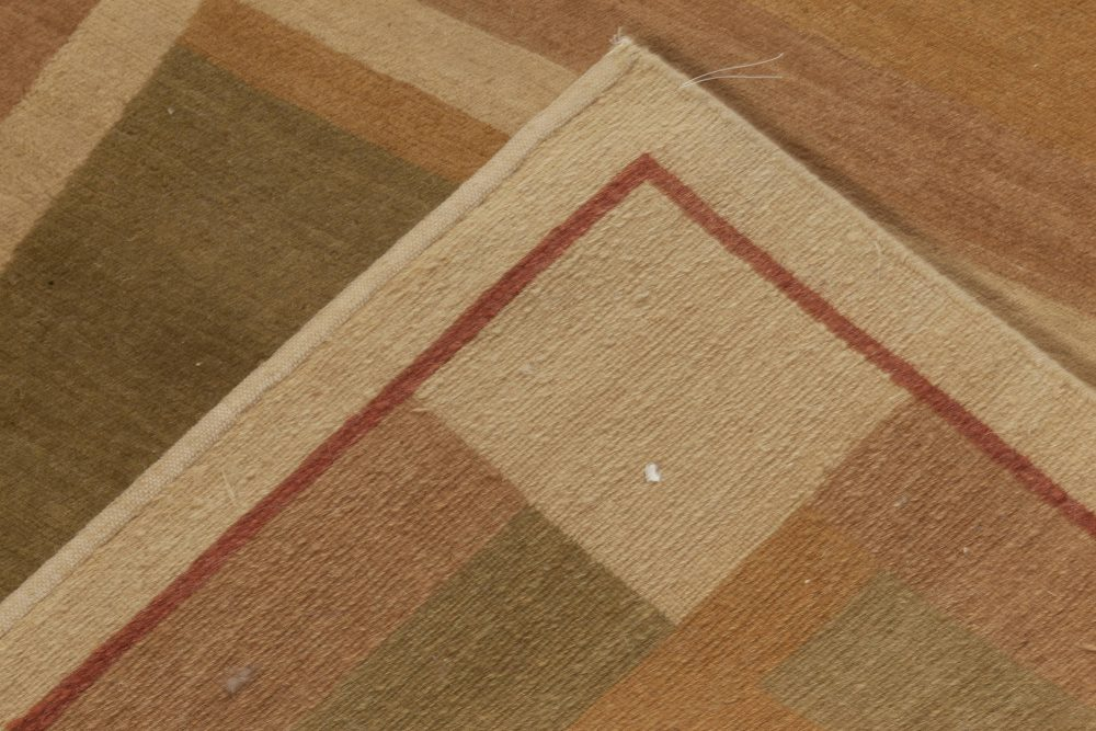 Contemporary Art Deco Inspired Hand Knotted Wool Rug N11977
