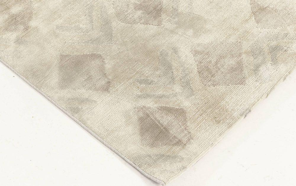 Contemporary Silk Runner N11936
