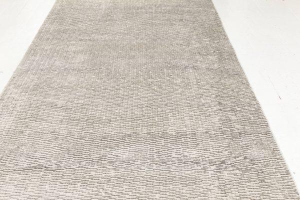 Contemporary Silk Runner N11937
