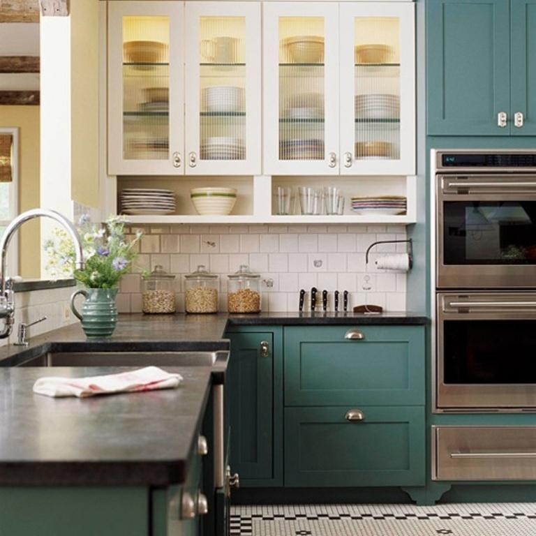 dois armários de cozinha em tons, cozinha 2019 tendências de decoração (11)