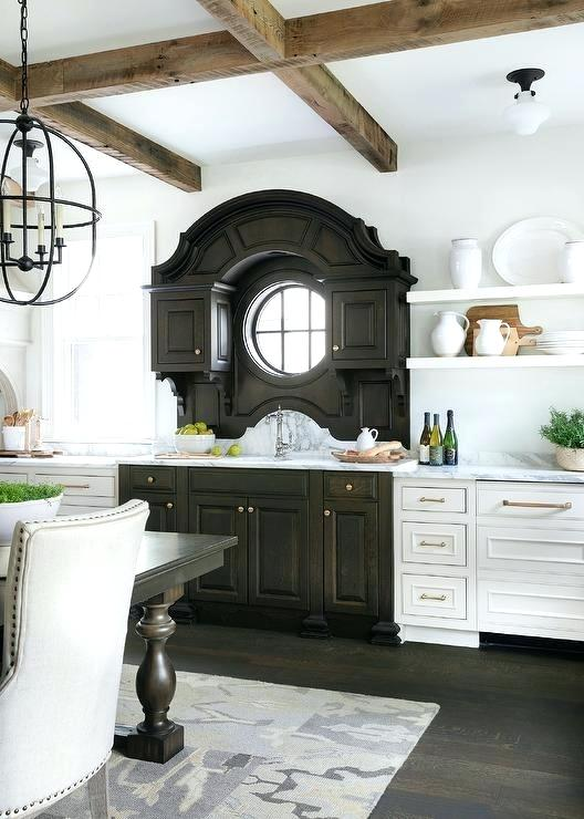 dois armários de cozinha em tons, cozinha 2019 tendências de decoração (9)