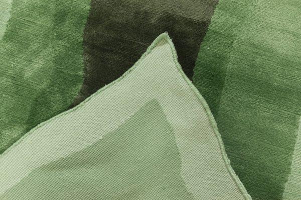 Contemporary Silk Rug N11995