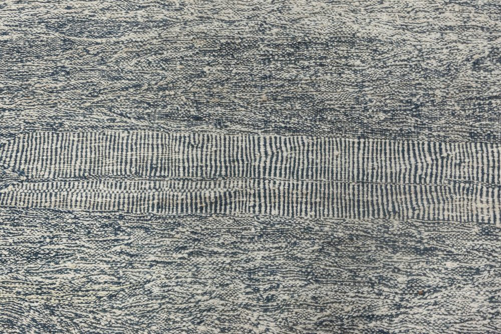 Contemporary Blue and White Flat-Weave Rug N11991