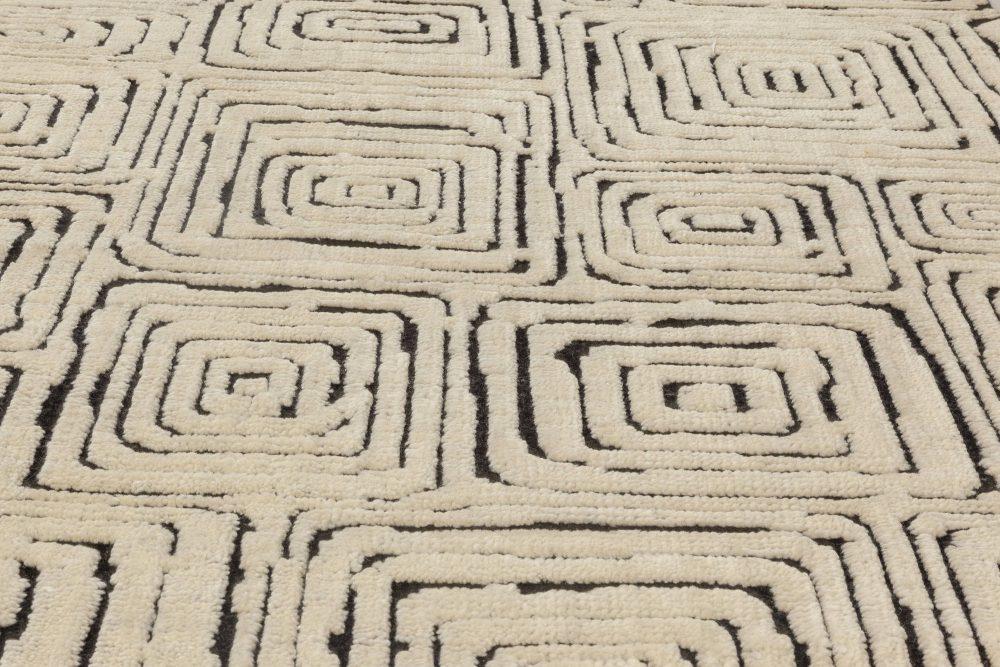 Modern Quagmire Black and White Geometric Hand Knotted Wool Rug N12031