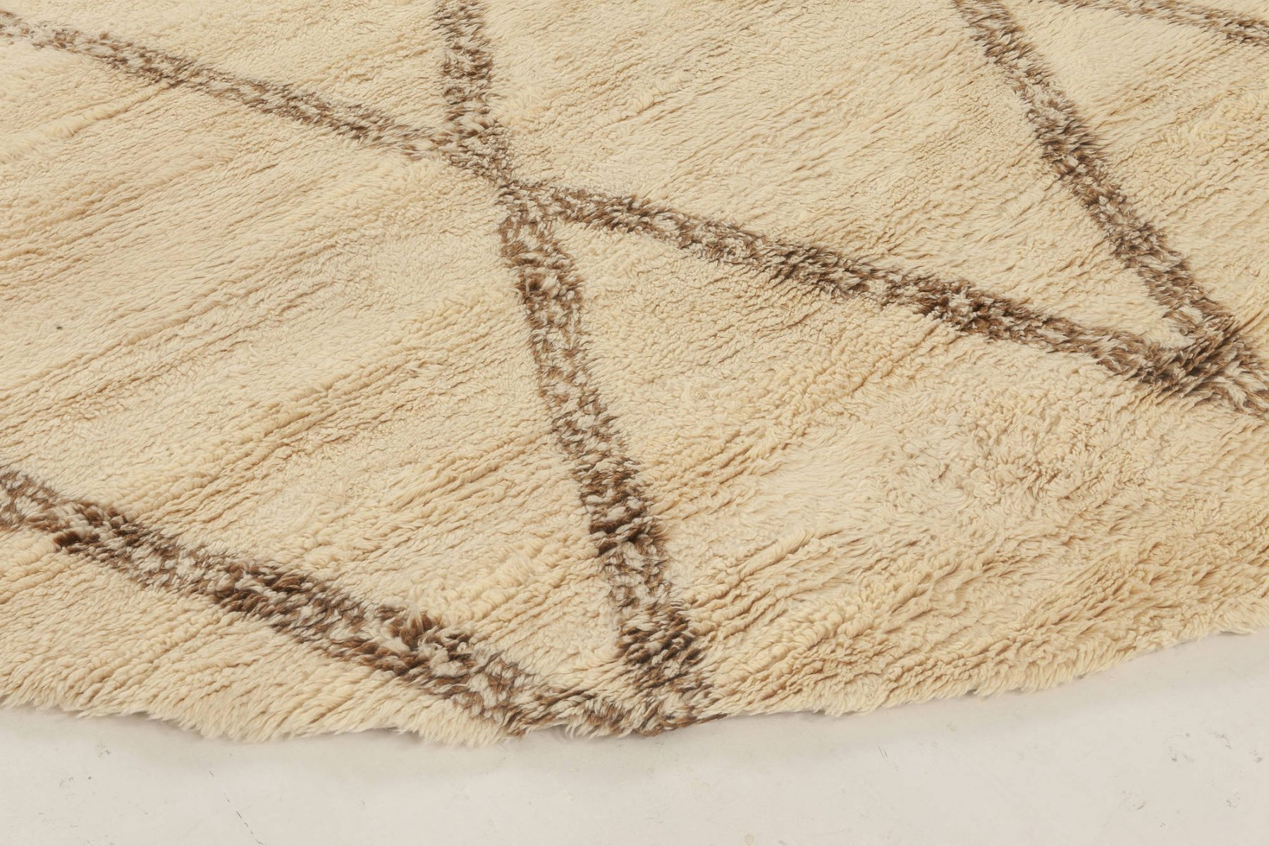 New Circular Moroccan Hand Knotted Wool Rug N12022