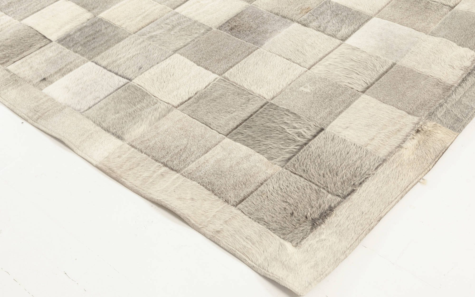 Hair-on-hide Contemporary Geometric Gray Leather Runner N12044