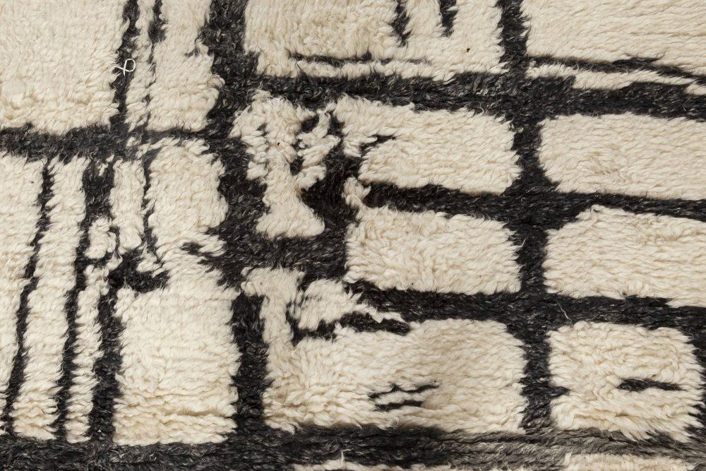Geometric Moroccan Black and White Handmade Wool Rug N12037
