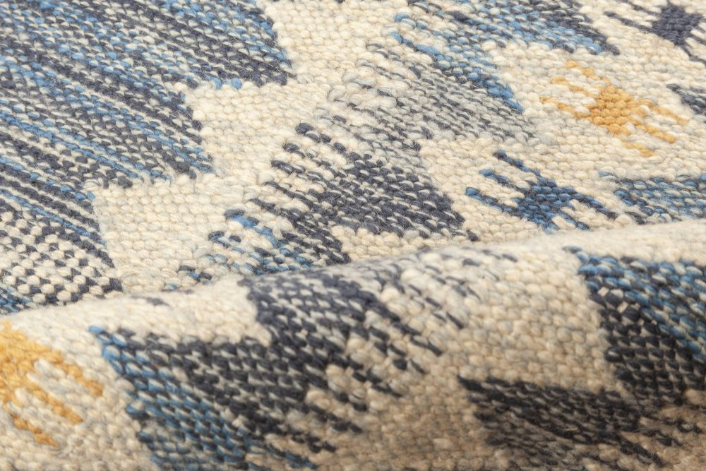 Contemporary Swedish Style Blue & White Wool Flat-Weave Rug N12046