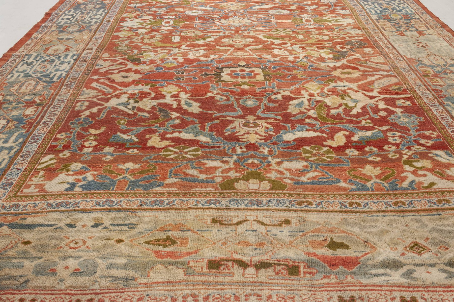 Sultanabad Red, White and Blue Handwoven Wool Rug BB7027
