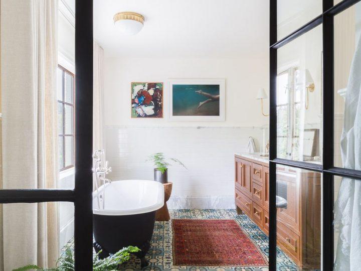 5 Decor Fehler, die das Aussehen Ihres Badezimmers sofort verbilligen