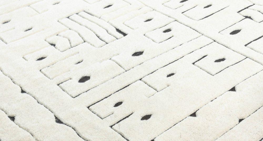 Swedish Skvattram Half Pile Geometric White & Black Rug N12060