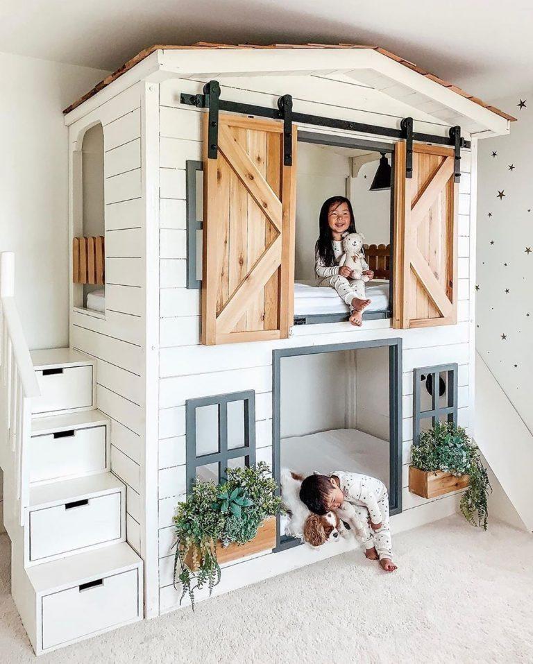 Casita con camas para un dormitorio infantil doble
