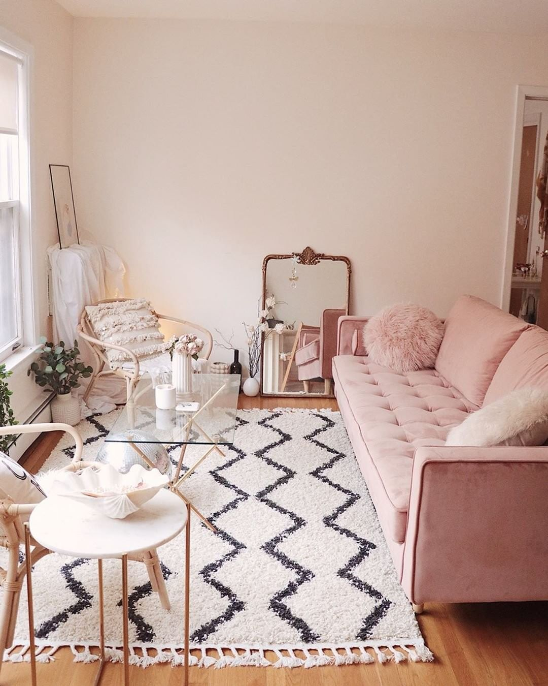 rug in living room (10)