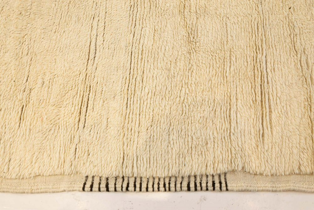 Tribal Style Modern Moroccan Wool Area Rug in White and Grey N12125