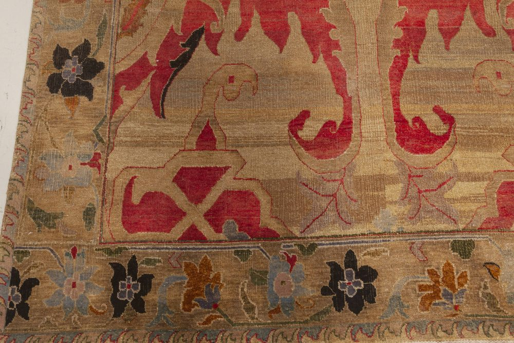 Modern Floral Rug of Traditional Indian Inspiration N12149