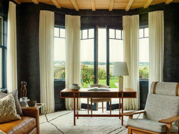 Custom Moroccan rug by Doris Leslie Blau. Interior design by Marie-Christine McNally. Photo by Joshua McHugh