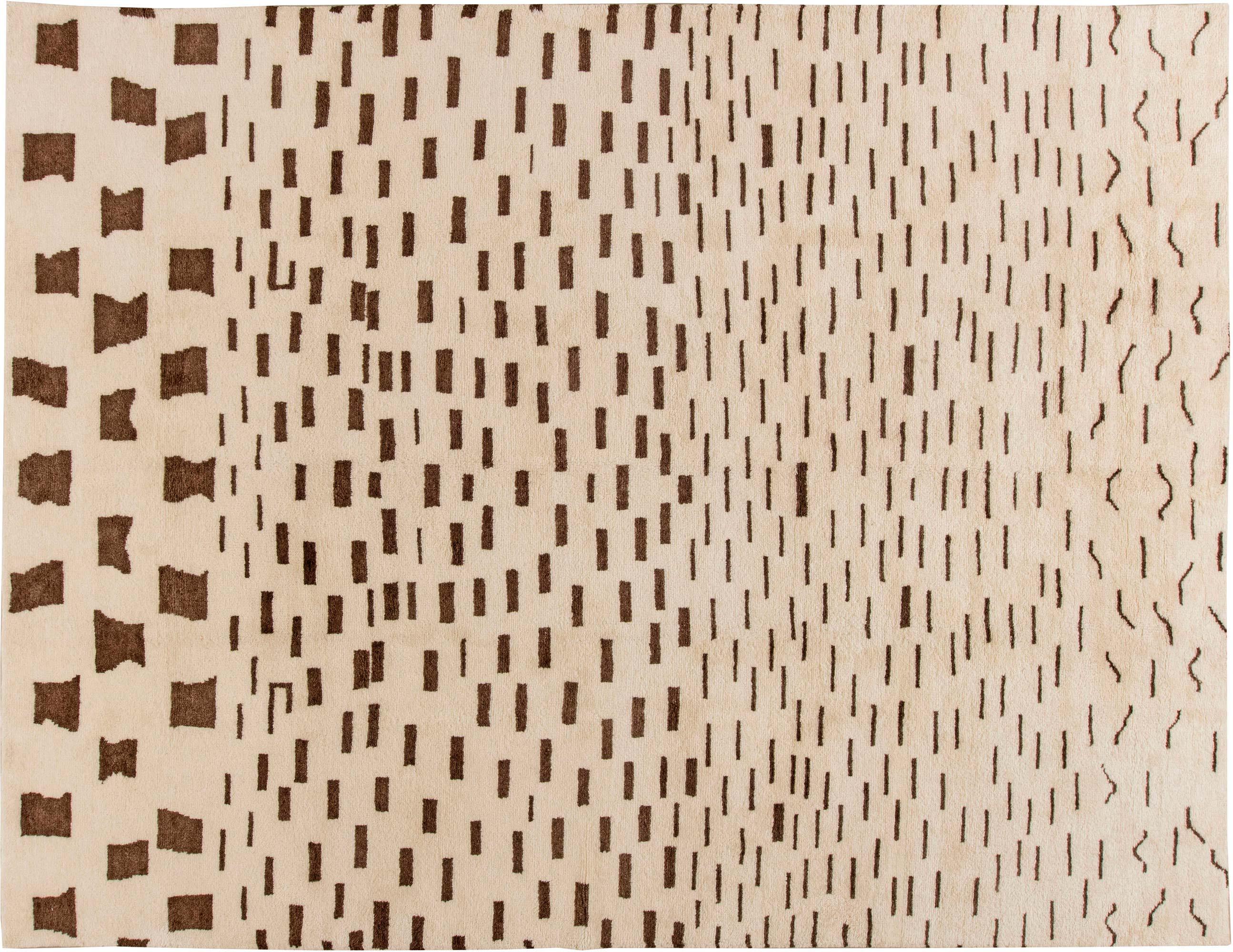 Neu marokkanischer handgewebter Wollteppich in Schokoladenbraun und Beige N11369