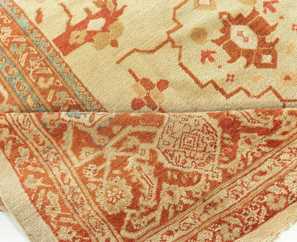 Persian Sultanabad in Beige, Brown, Aqua-blue and Red BB7642